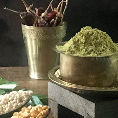 Karuvepillai podi ingredients