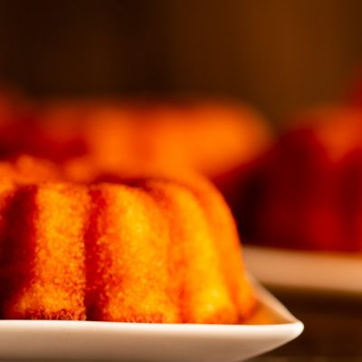 Semolina orange marmalade cake