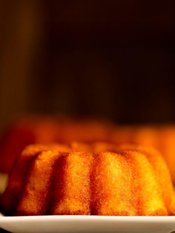 Semolina orange marmalade cake