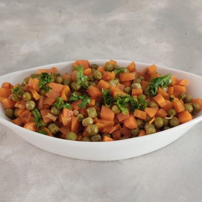 Punjabi Carrot Peas Curry